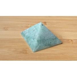 Aventurin ásvány piramis 8cm