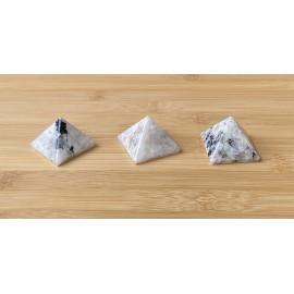 Fehér holdkő ásvány piramis