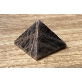 Fekete holdkő ásvány piramis 5,5cm