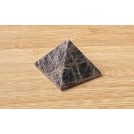 Fekete holdkő ásvány piramis 6cm
