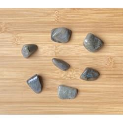 Labradorit ásvány marokkő 2-3cm
