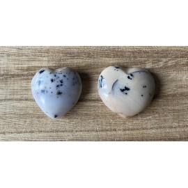 Merlinit szív ásvány