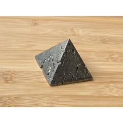 Pirit ásvány piramis