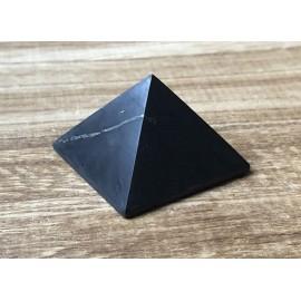 Sungit ásvány piramis 4cm