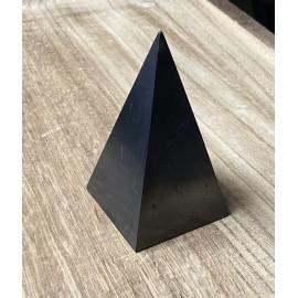 Sungit ásvány piramis (magas) 5cm